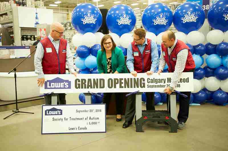 Second Calgary Lowe's store converts - Hardlines